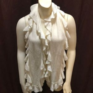 Cream ruffled scarf